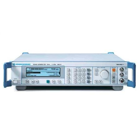 ROHDE & SCHWARZ SML-01 SML 1090-3000-11 LAT MPB measuring instruments